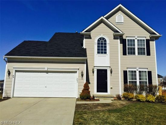 262 Colonial Dr, Painesville, OH 44077
