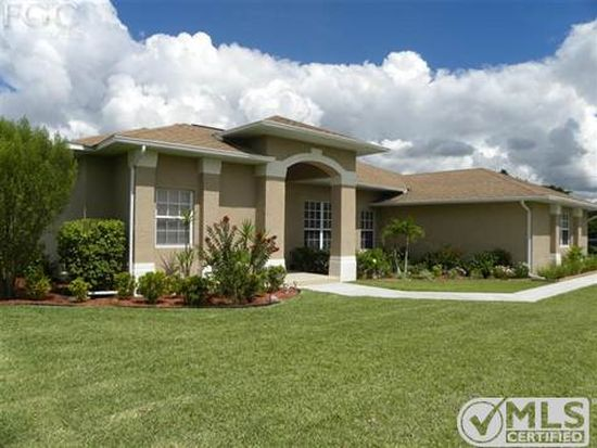 546 Empire Ave S, Lehigh Acres, FL 33974