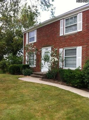 2323 Noble Rd, Cleveland Heights, OH 44121