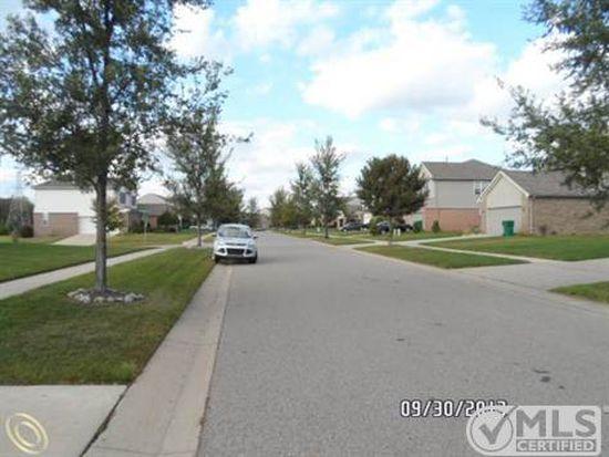 13816 Country Walk Blvd, Belleville, MI 48111