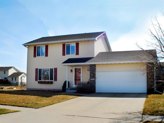 3109 SE Honeysuckle Ct, Ankeny, IA 50021