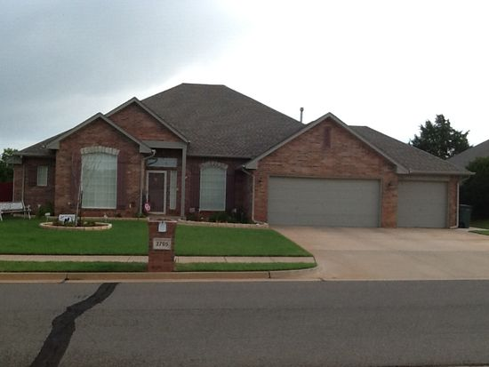 2705 Lancaster Ct, Edmond, OK 73012