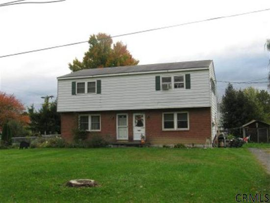 30 Crowley Ave, Selkirk, NY 12158