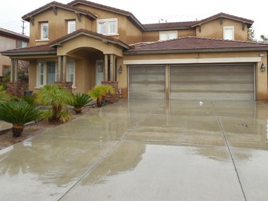 8126 Palm View Ln, Riverside, CA 92508