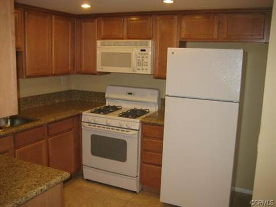 1305 Massachusetts Ave APT 102, Riverside, CA 92507