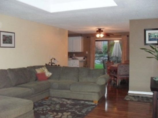 11245 SW Viewmount Ct, Tigard, OR 97223