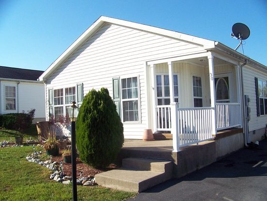 30 Abbey Rd, Easton, PA 18040