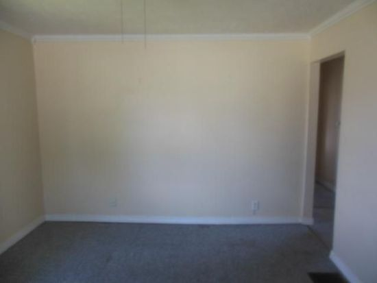 4319 Rockville Rd, Indianapolis, IN 46222