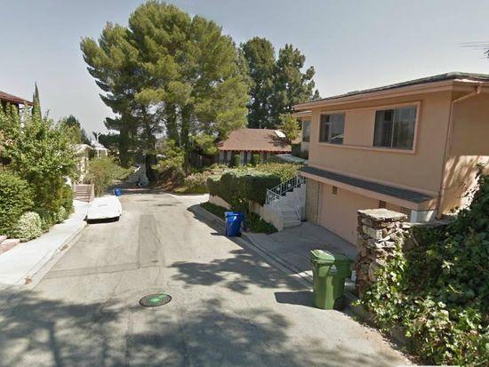 3865 Sherview Dr, Sherman Oaks, CA 91403