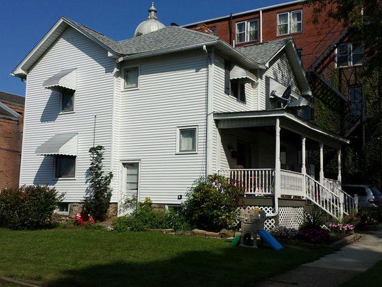 122 S Pitt St, Mercer, PA 16137