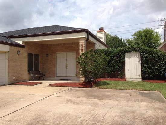 7534 Quail Meadow Dr, Houston, TX 77071