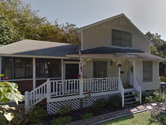 211 Chalmers Row, Smithfield, VA 23430