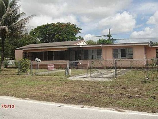 1256 Sharar Ave, Opa Locka, FL 33054