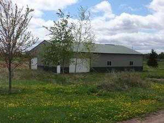 35887 Oasis Rd, Lindstrom, MN 55045