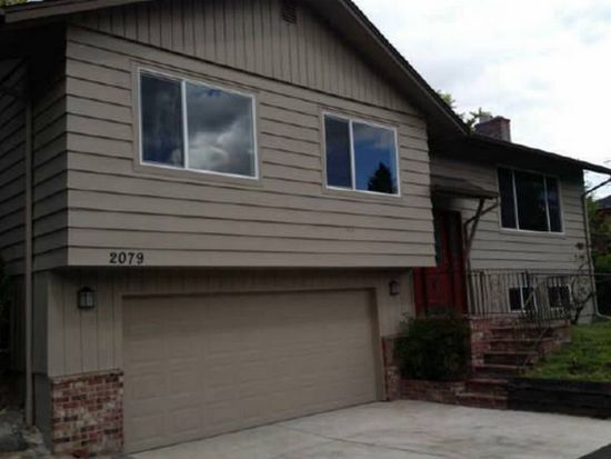 2079 Dillow Dr, West Linn, OR 97068