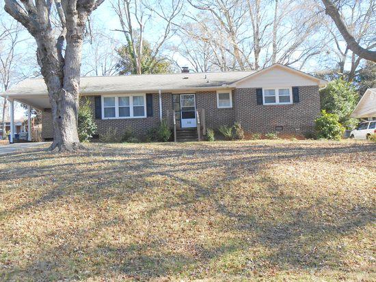 113 Applewood Ln, Spartanburg, SC 29307