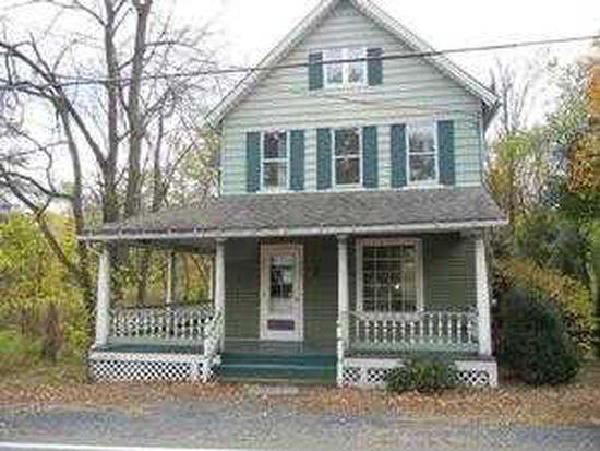 2407 N Delaware Dr, Mount Bethel, PA 18343