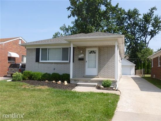 22633 Doremus St, Saint Clair Shores, MI 48080