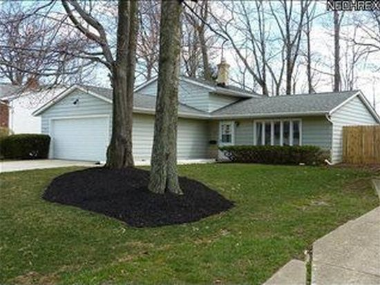 5645 Marine Pkwy, Mentor On The Lake, OH 44060
