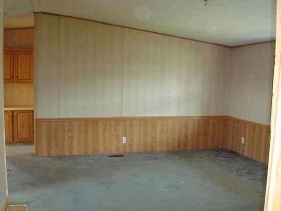 3114 Beaver Creek Dr, Zephyrhills, FL 33543