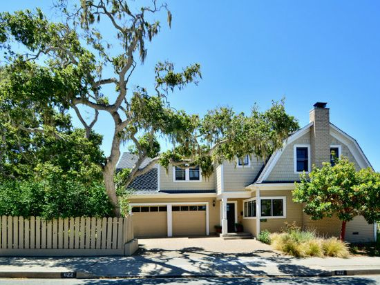 622 19th St, Pacific Grove, CA 93950