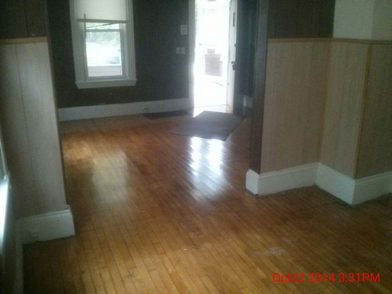14808 Pepper Ave, Cleveland, OH 44110