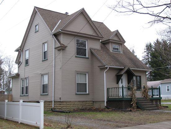 62 Chambers Ave, Greenville, PA 16125