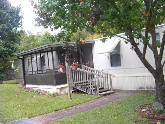 201 Red Barn Rd, Newport, NC 28570