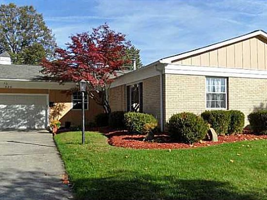 824 Old Coach Rd, Westerville, OH 43081