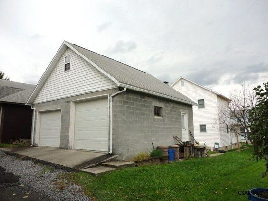 118 Spring St, Johnstown, PA 15906