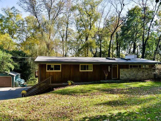 19 Conestoga Woods Rd, Lancaster, PA 17602