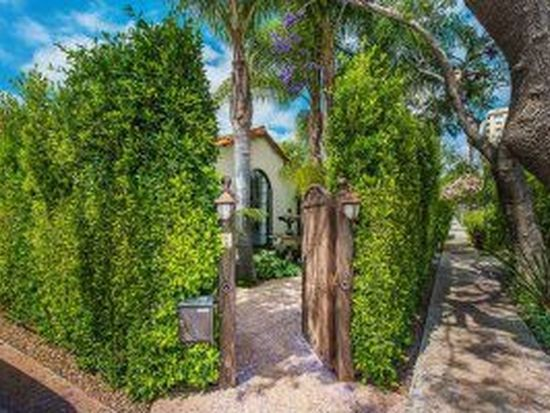 9002 Norma Pl, West Hollywood, CA 90069