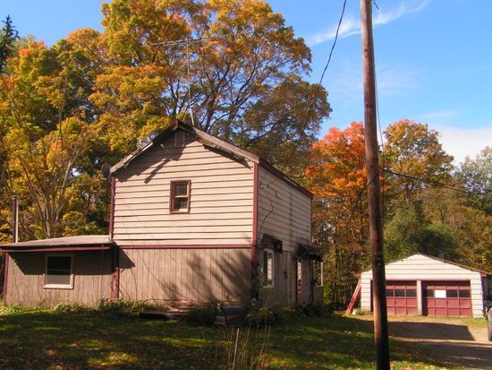 18085 Huson Rd, Saegertown, PA 16433