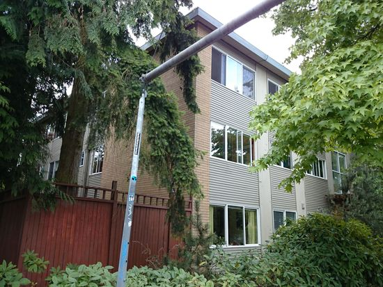 2111 E John St APT 303, Seattle, WA 98112