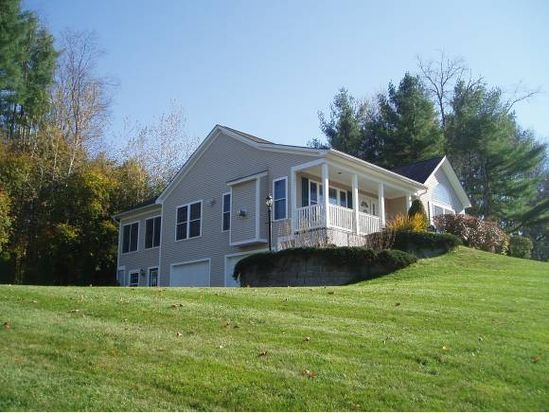 56 Ridge Ave, Claremont, NH 03743