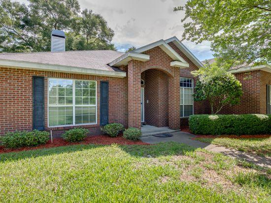 1125 Halsema Rd S, Jacksonville, FL 32221