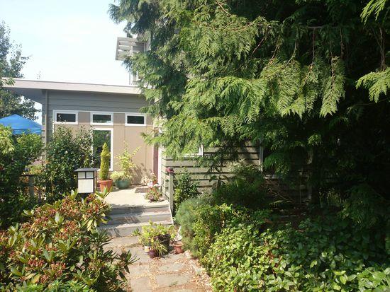 6716 47th Ave SW, Seattle, WA 98136