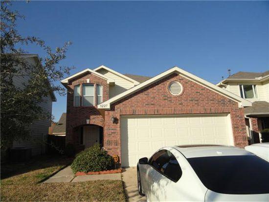 9227 Split Ridge Ln, Houston, TX 77075