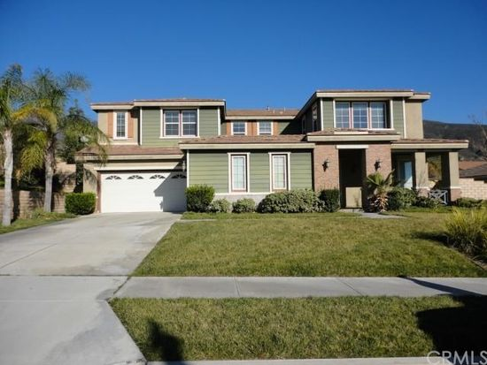15140 Willow Wood Ln, Fontana, CA 92336