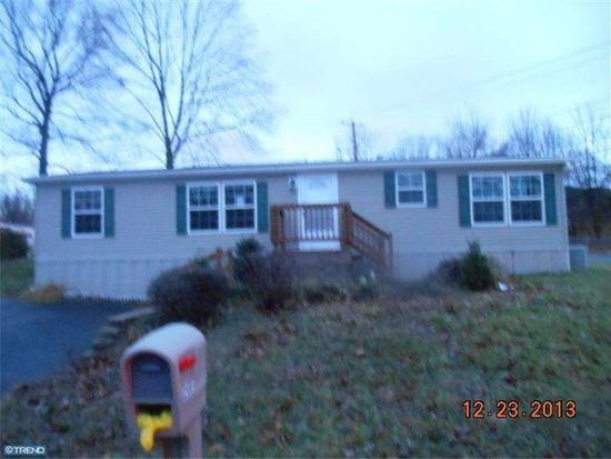 2401 Downing St, Reading, PA 19605