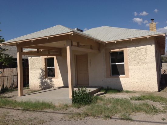 237 S Reymond St, Las Cruces, NM 88005