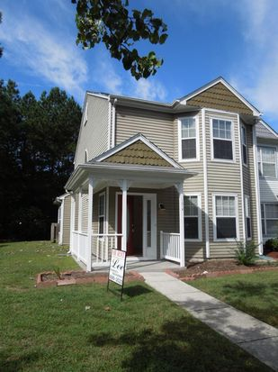 107 Heather Way APT A, Yorktown, VA 23693