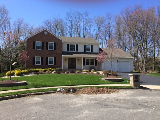 6 Saddle Rdg, Marlboro, NJ 07746
