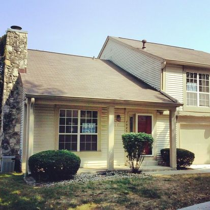 7925 Hunters Path, Indianapolis, IN 46214