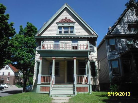 2864 N Maryland Ave, Milwaukee, WI 53211