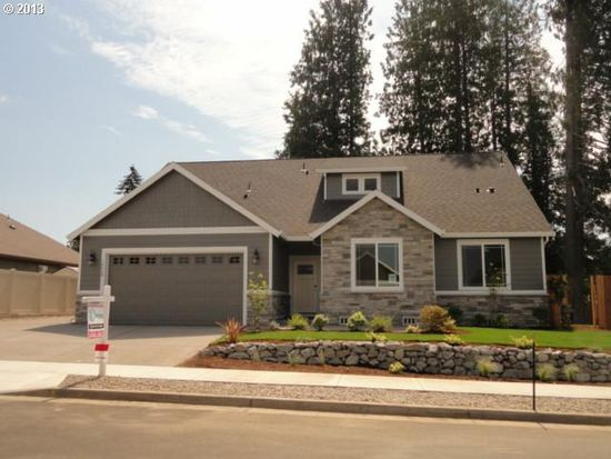 20266 Chanticleer Dr, Oregon City, OR 97045