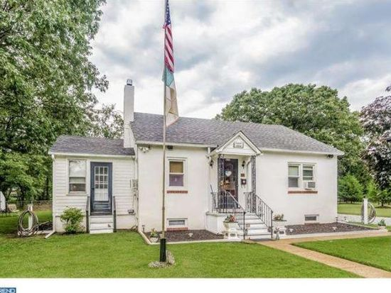 829 Hickory Ave, Browns Mills, NJ 08015