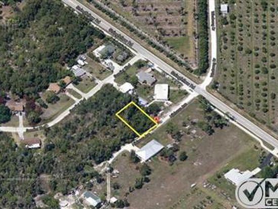 7102 Hibiscus Ave, Bokeelia, FL 33922