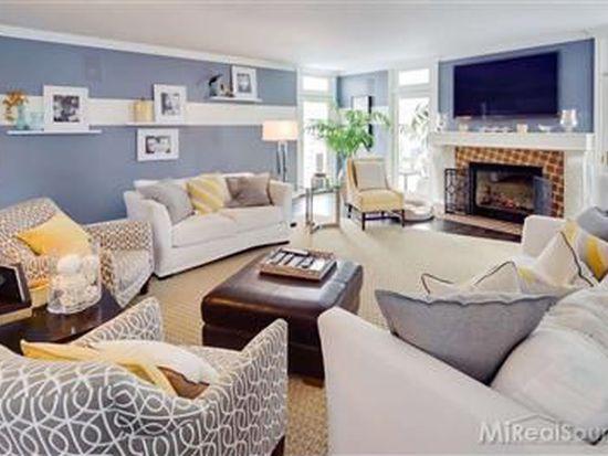 607 Middlesex Rd, Grosse Pointe Park, MI 48230