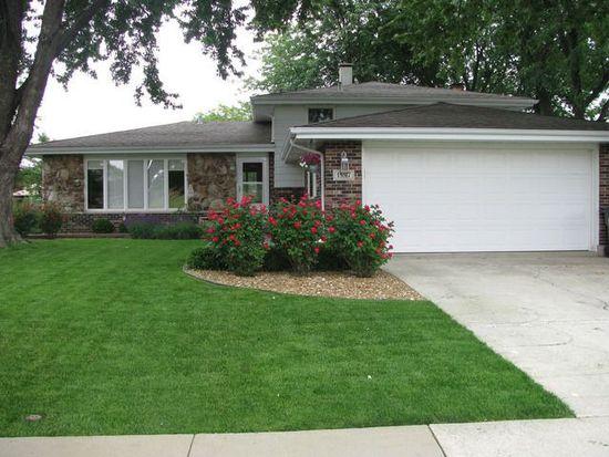 15517 Ridgeland Ave, Oak Forest, IL 60452